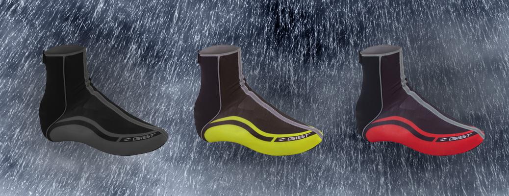 Copricasco e copriscarpa ciclismo per pedalare anche con la pioggia!