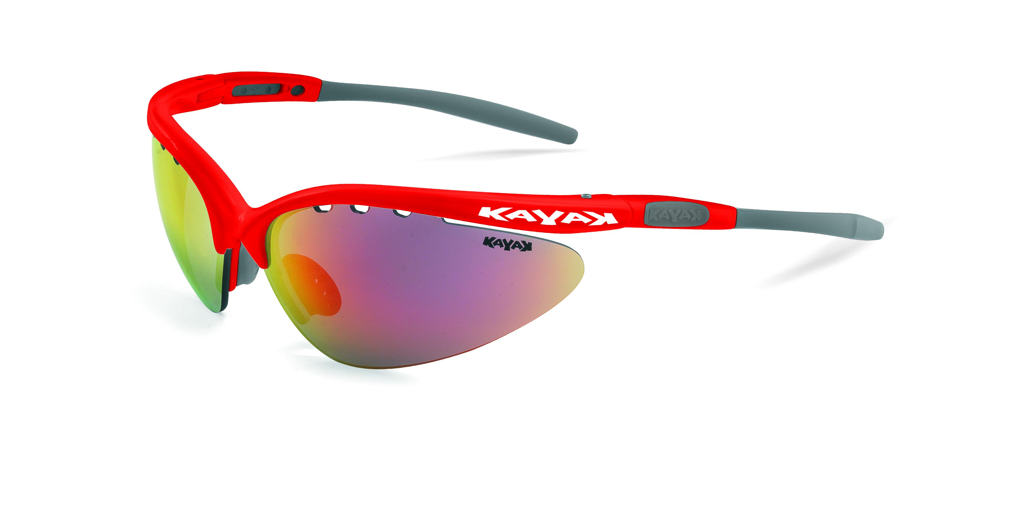 Occhiali kayak e casco Gist: un connubio perfetto